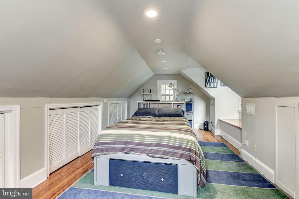 Bedroom - 6343 UTAH AVE NW, WASHINGTON