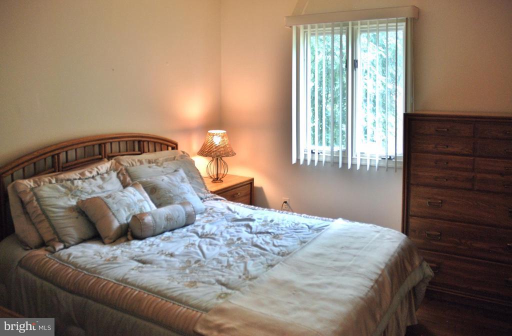 Bedroom - 1603 CEDAR VIEW CT, SILVER SPRING