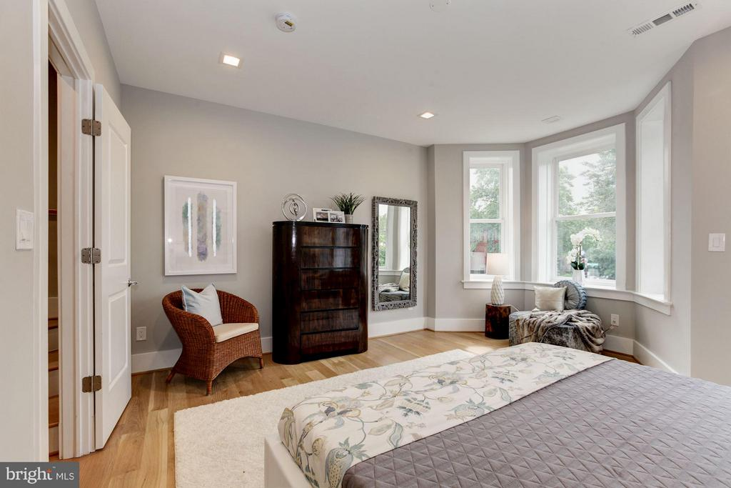 Bedroom (Master) - 720 E CAPITOL ST NE, WASHINGTON
