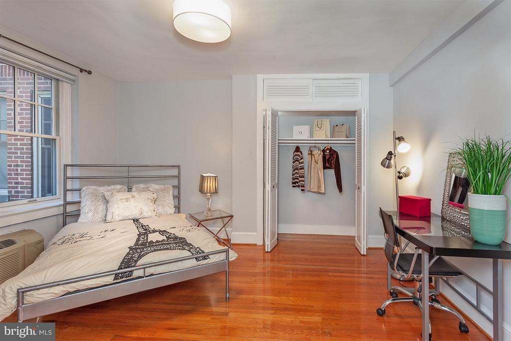 Bedroom (Master) - 2410 20TH ST NW #107, WASHINGTON
