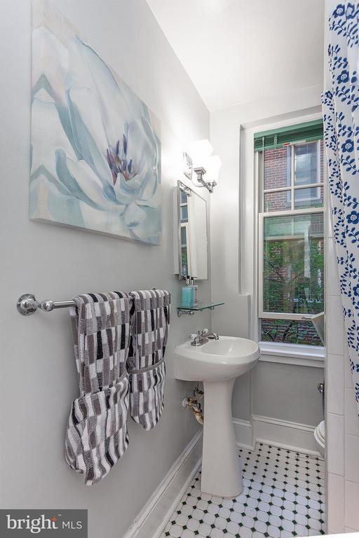 Bath (Master) - 2410 20TH ST NW #107, WASHINGTON