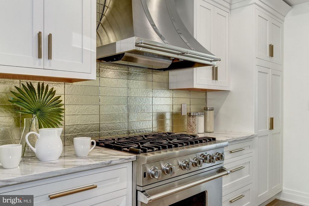 Kitchen - 1242 I ST NE, WASHINGTON