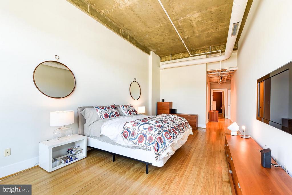 Bedroom (Master) - 2328 CHAMPLAIN ST NW #401, WASHINGTON