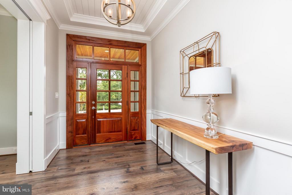 Entryway/Foyer - 2231 SANDBURG ST, DUNN LORING