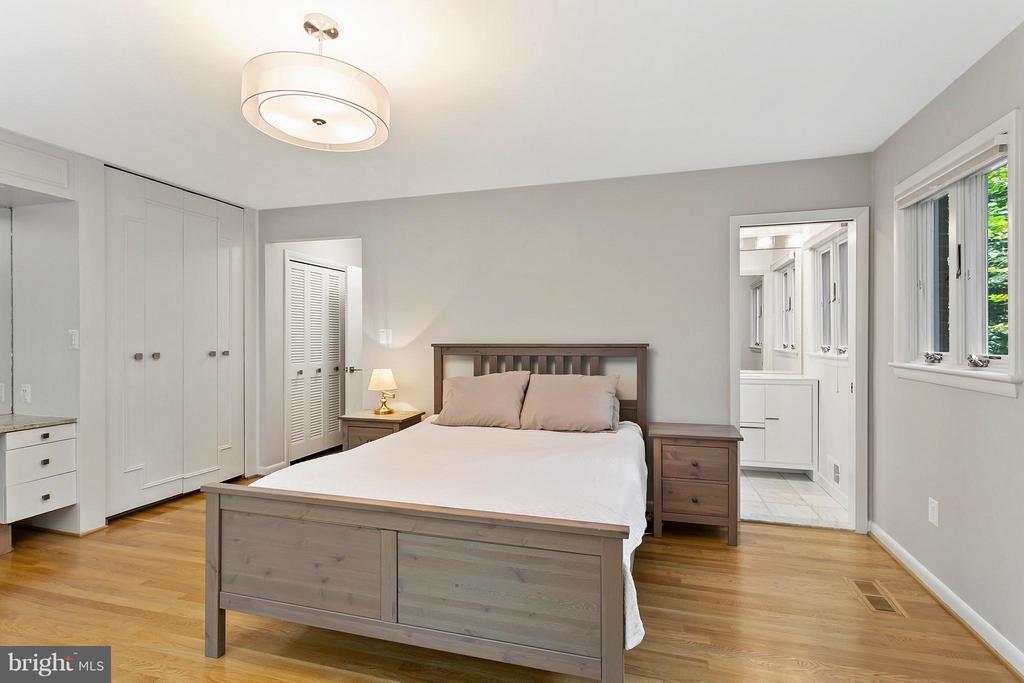 Bedroom (Master) - 2711 FILLMORE ST, ARLINGTON