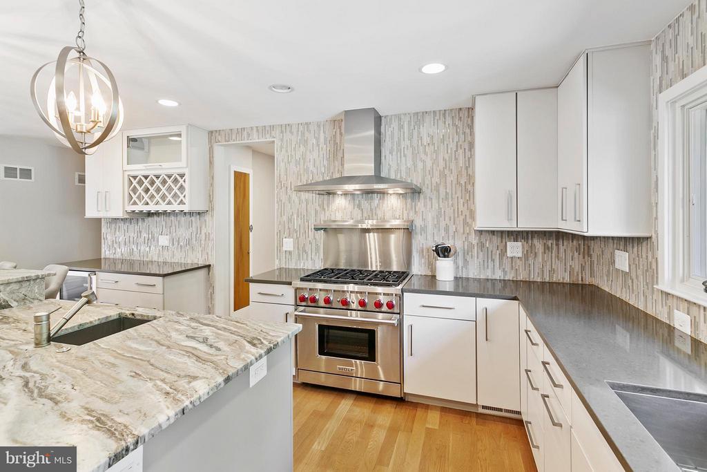 Kitchen - 2711 FILLMORE ST, ARLINGTON