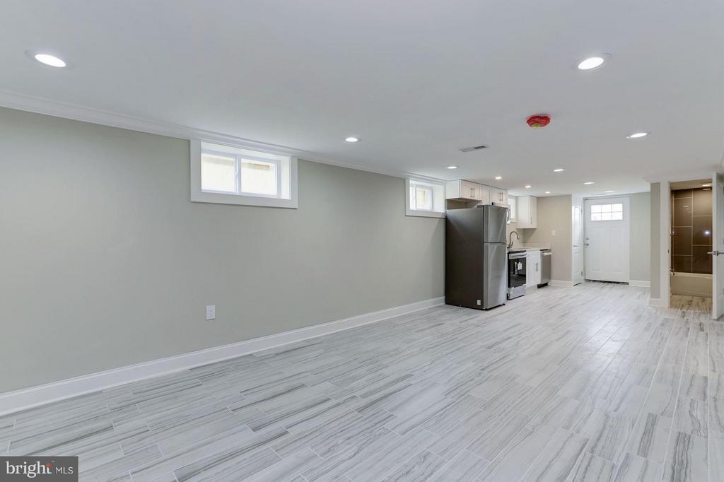 Family Room Lower Level - 1528 S ST SE, WASHINGTON