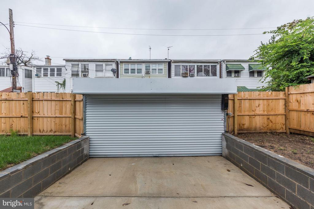 Exterior (Rear) - 1528 S ST SE, WASHINGTON