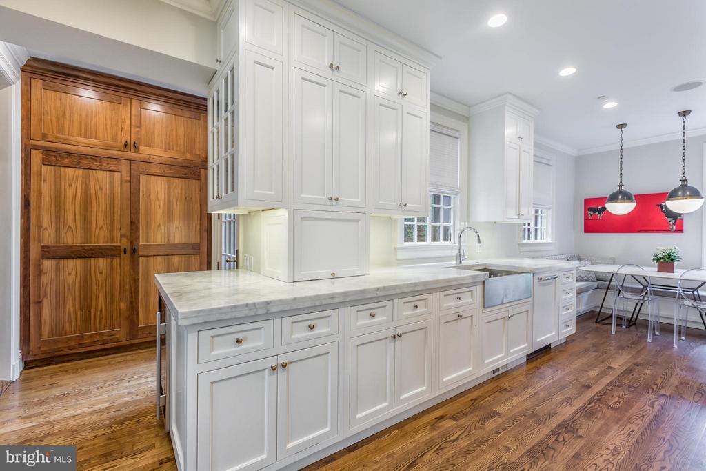 Kitchen - 2435 TRACY PL NW, WASHINGTON