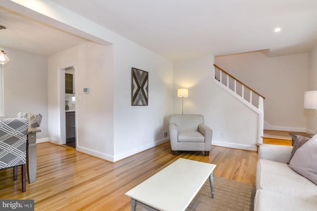 Living Room - 5731 22ND ST N, ARLINGTON