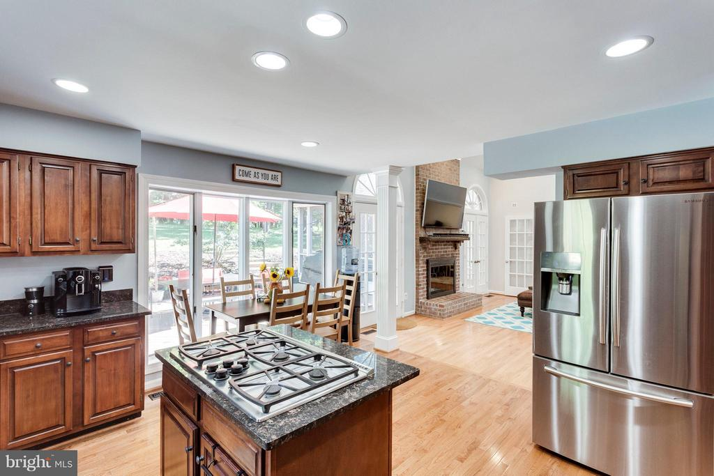 Kitchen - 3419 MILLER HEIGHTS RD, OAKTON