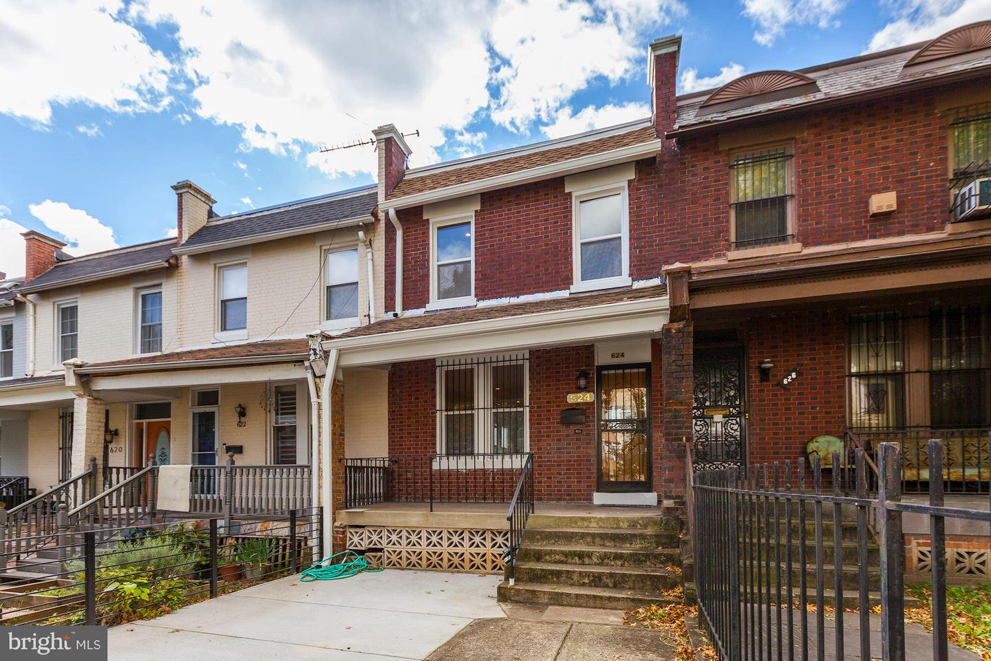 Single Family for Sale at 624 Irving St NW Washington, District Of Columbia 20010 United States