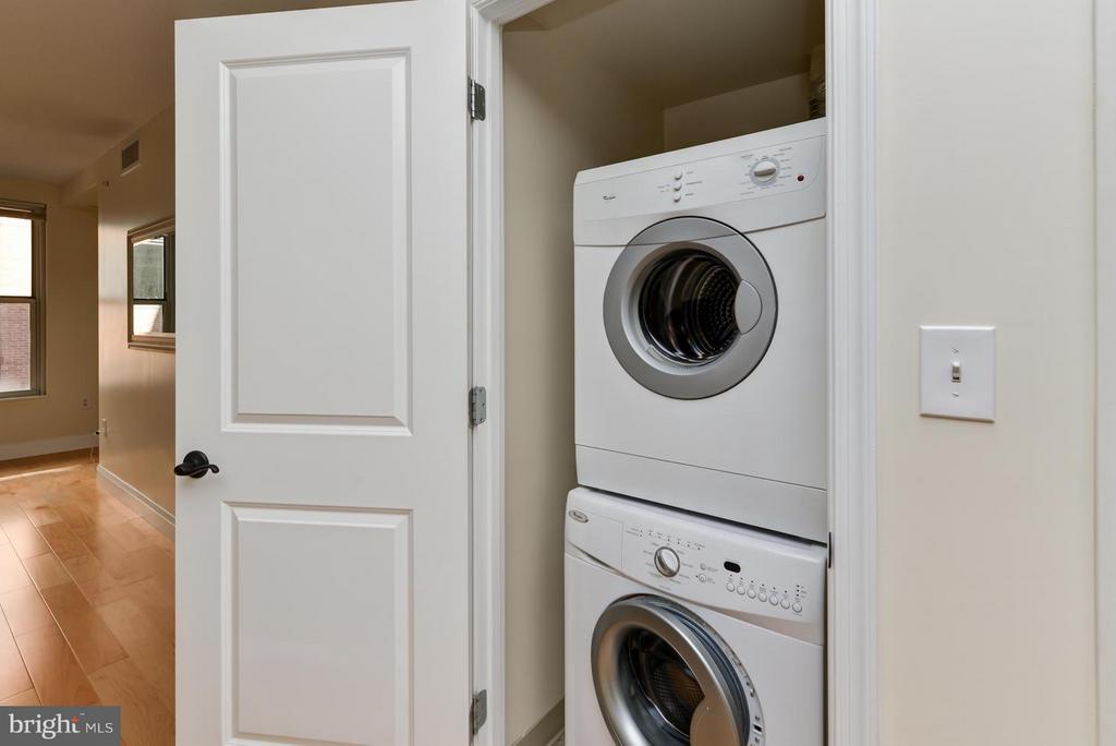Washer and Dryer in unit! - 915 E ST NW #901, WASHINGTON