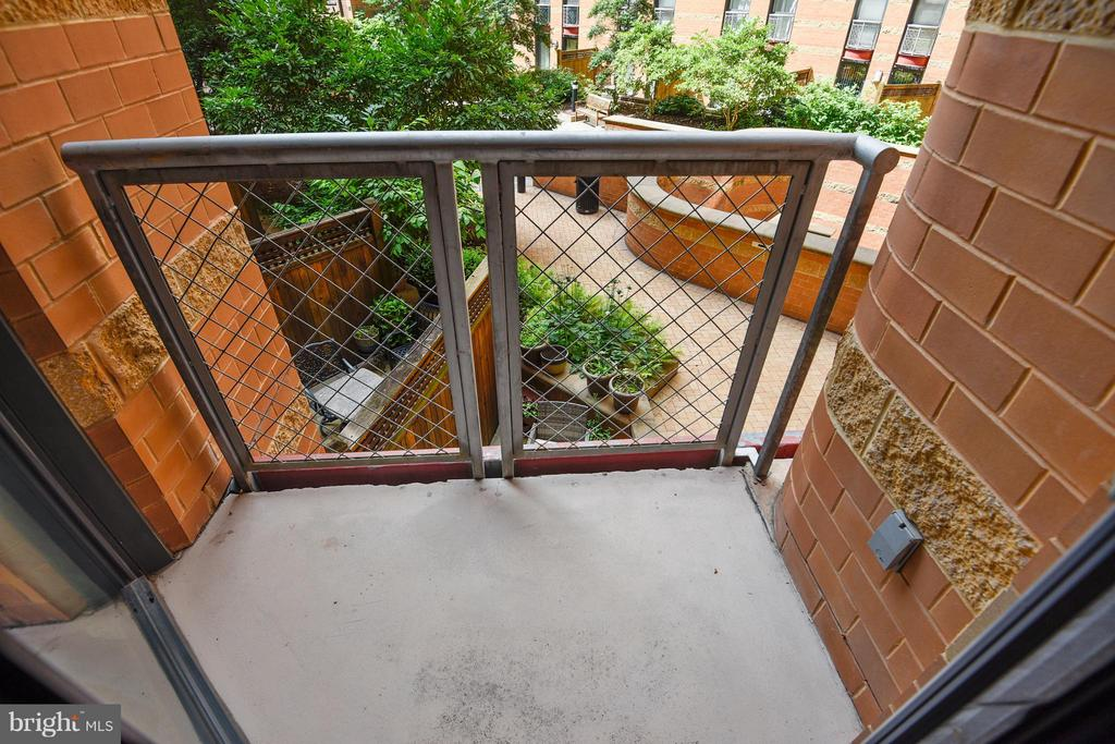 Upper Level Balcony - 616 E ST NW #256, WASHINGTON