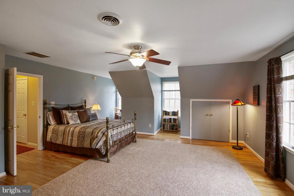 Bedroom - 13300 FOXDEN DR, ROCKVILLE