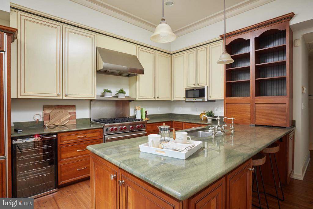 Kitchen - 2021 N ST NW, WASHINGTON