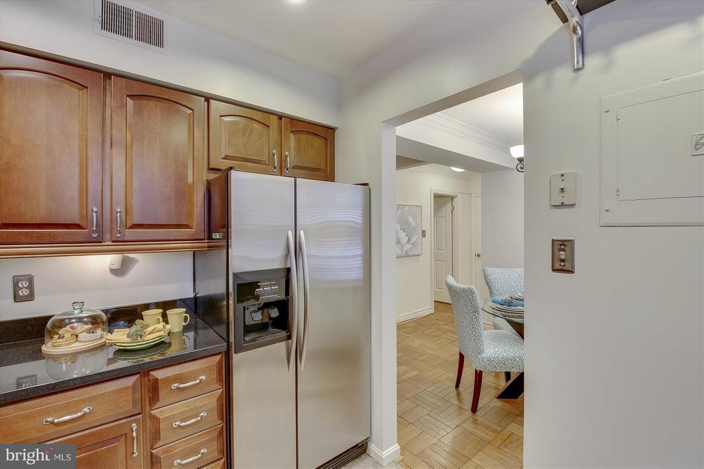 Kitchen - 3610 39TH ST NW #B542, WASHINGTON
