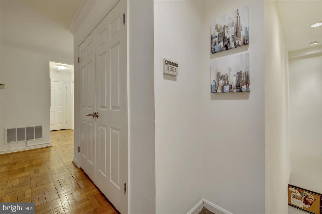 Living Room - 3610 39TH ST NW #B542, WASHINGTON