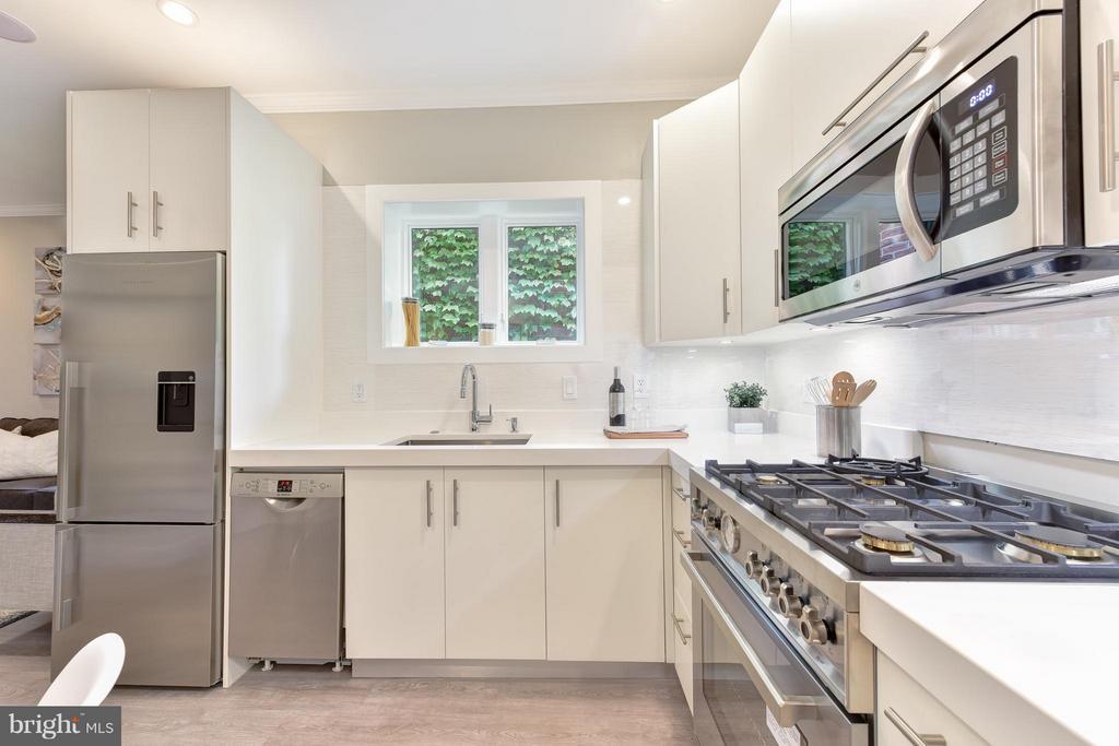 Kitchen - 1461 CHAPIN ST NW #3, WASHINGTON