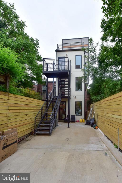Exterior (Rear) - 1461 CHAPIN ST NW #3, WASHINGTON