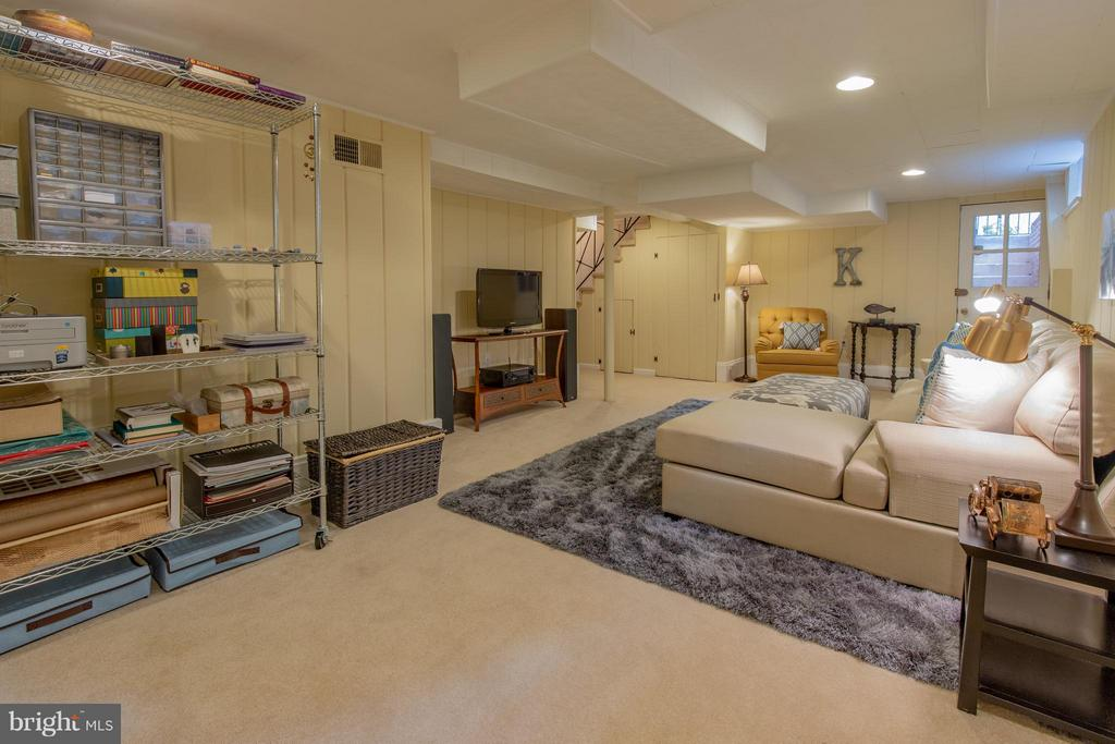 Finished Basement - 9522 SAYBROOK AVE, SILVER SPRING