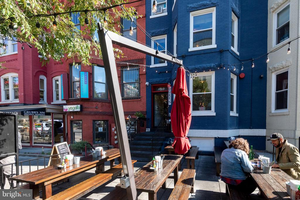 Vibrant 17th Street bars, restaurants, and grocery - 1514 17TH ST NW #115, WASHINGTON