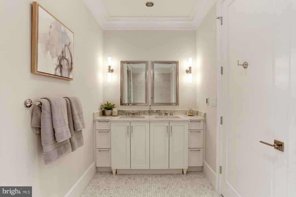 Bath (Master) - 1108 16TH NW #501, WASHINGTON