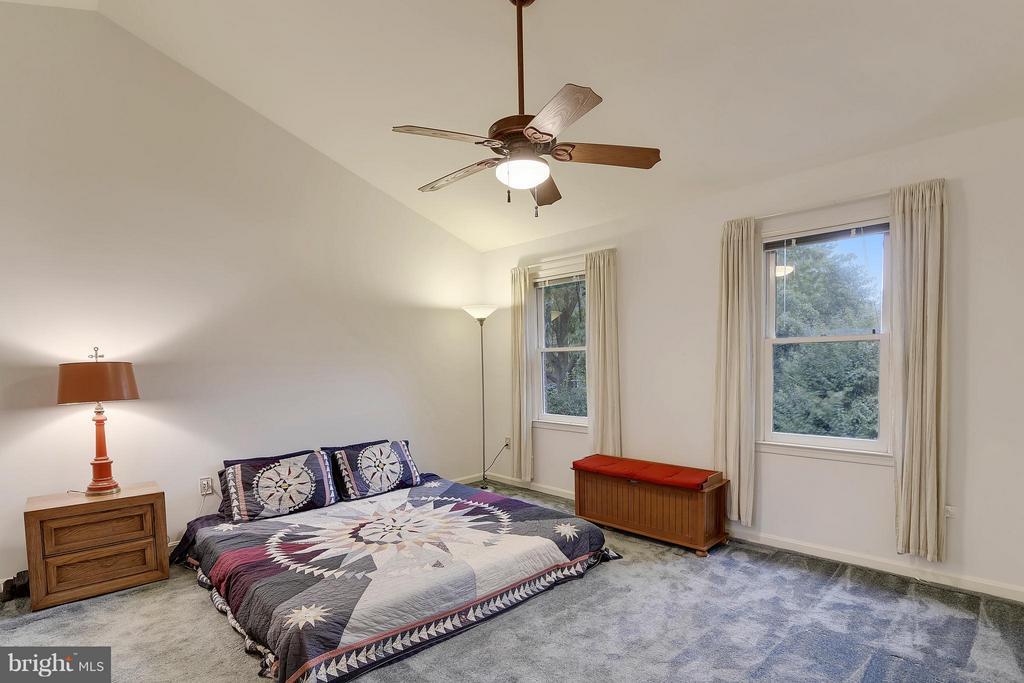Bedroom (Master) - 1729 N WAKEFIELD ST, ARLINGTON