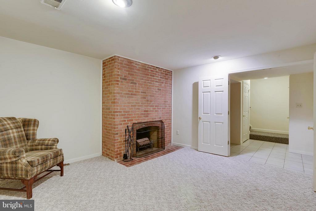 Family Room - 1729 N WAKEFIELD ST, ARLINGTON