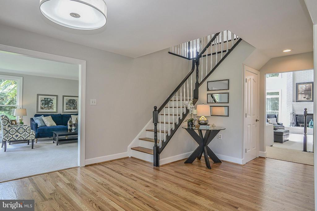 Foyer - 4308 OAK HILL DR, ANNANDALE