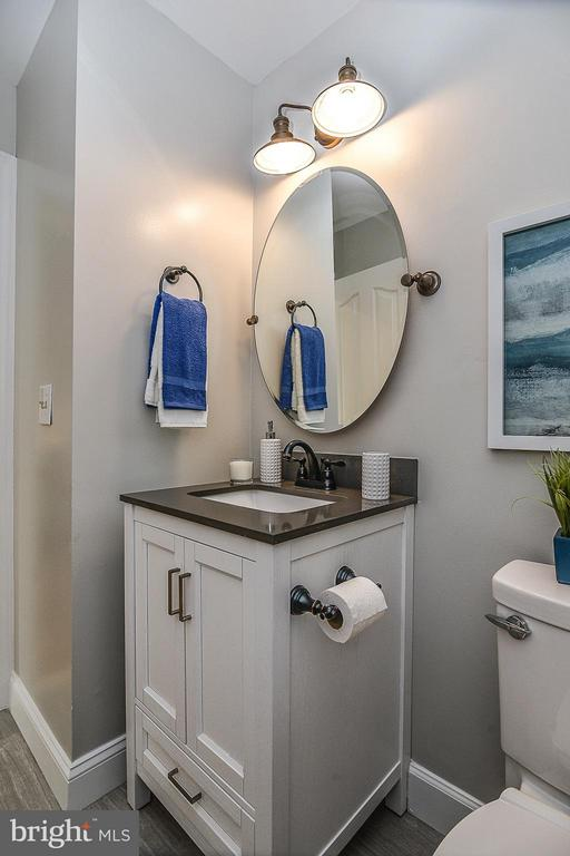 Main Level Powder Room - 4308 OAK HILL DR, ANNANDALE