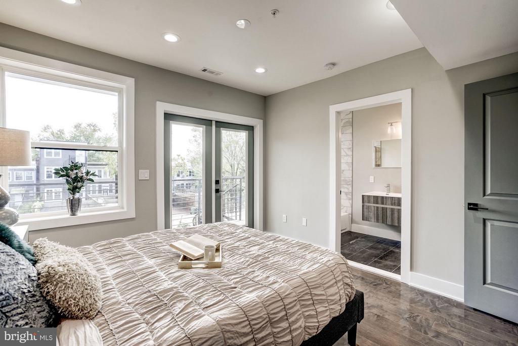 Bedroom (Master) - 736 KENYON ST NW #2, WASHINGTON