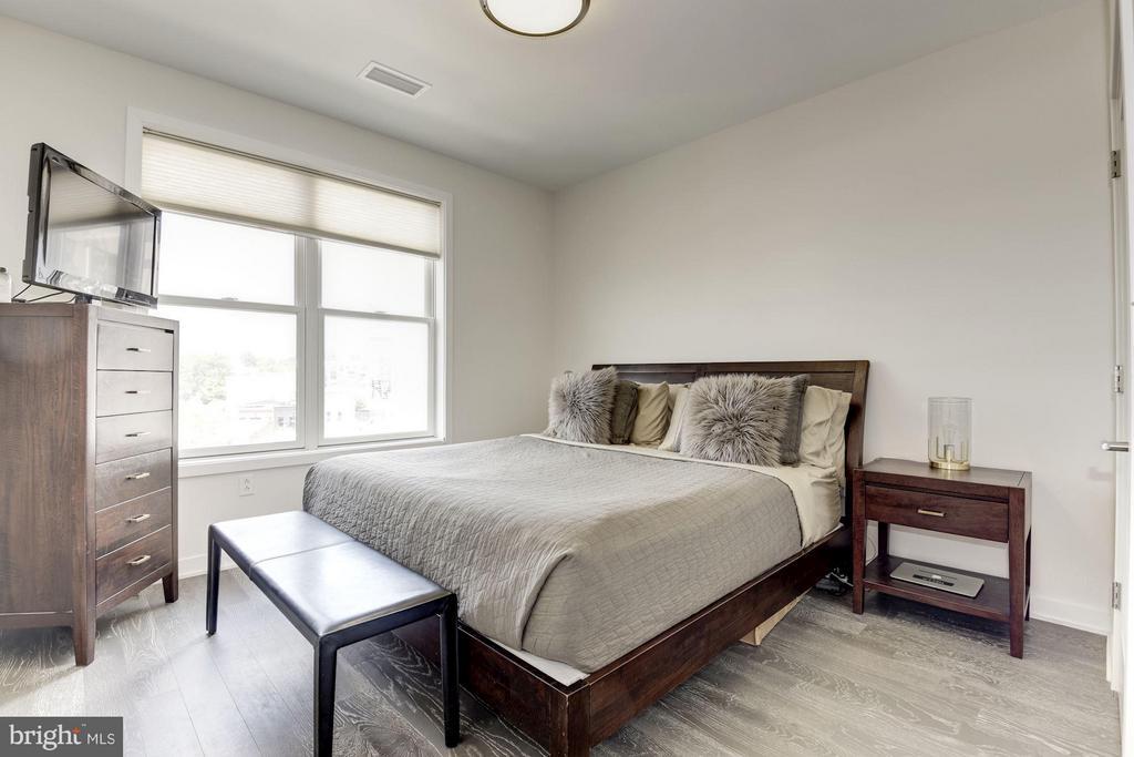 Bedroom (Master) - 1350 MARYLAND AVE NE #410, WASHINGTON