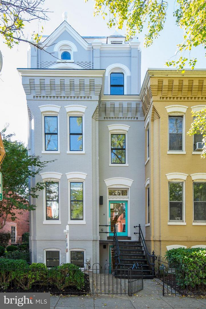Single Family Home for Sale at 17 7th St SE 17 7th St SE Washington, District Of Columbia 20003 United States