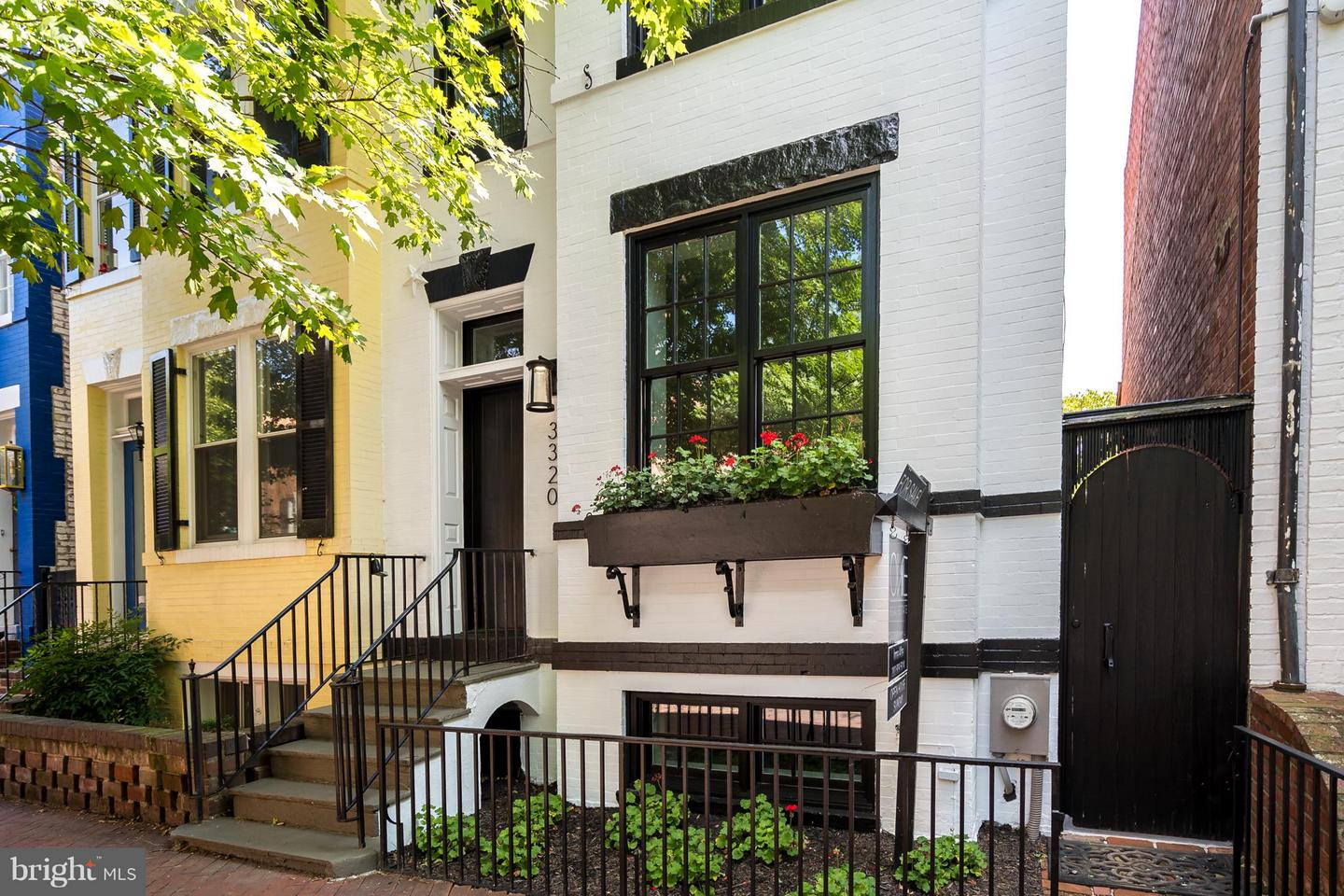 Single Family for Sale at 3320 Reservoir Rd NW Washington, District Of Columbia 20007 United States