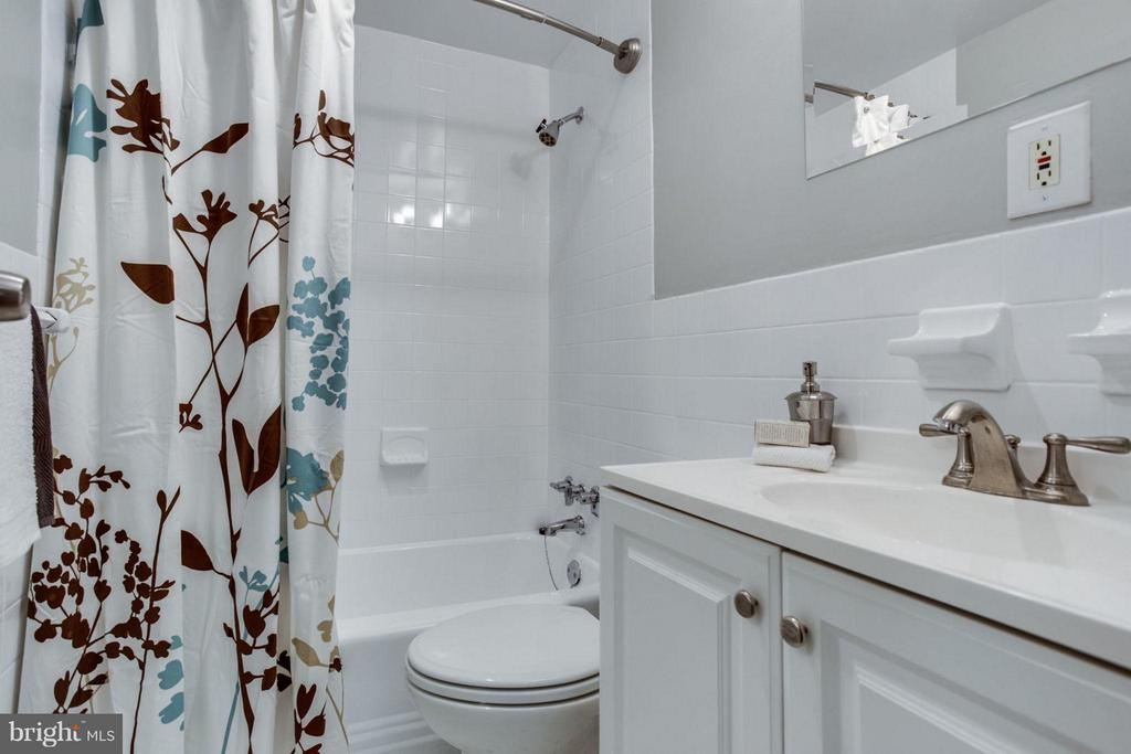 Updated with with tile and a vanity w/storage. - 5406 CONNECTICUT AVE NW #407, WASHINGTON