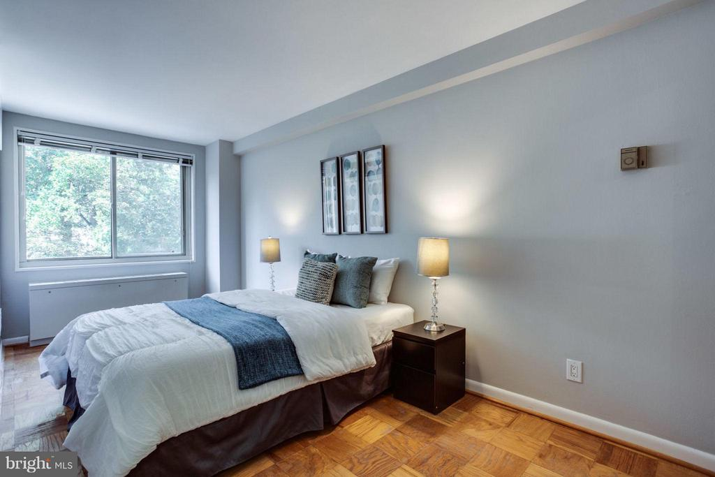 Plenty of room for a dresser and bedroom seating! - 5406 CONNECTICUT AVE NW #407, WASHINGTON
