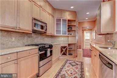 Kitchen - 1308 29TH ST NW, WASHINGTON