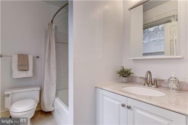 Bath (Master) - 1308 29TH ST NW, WASHINGTON