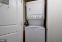 In-Unit Washer/Dryer - 851 N GLEBE RD #306, ARLINGTON