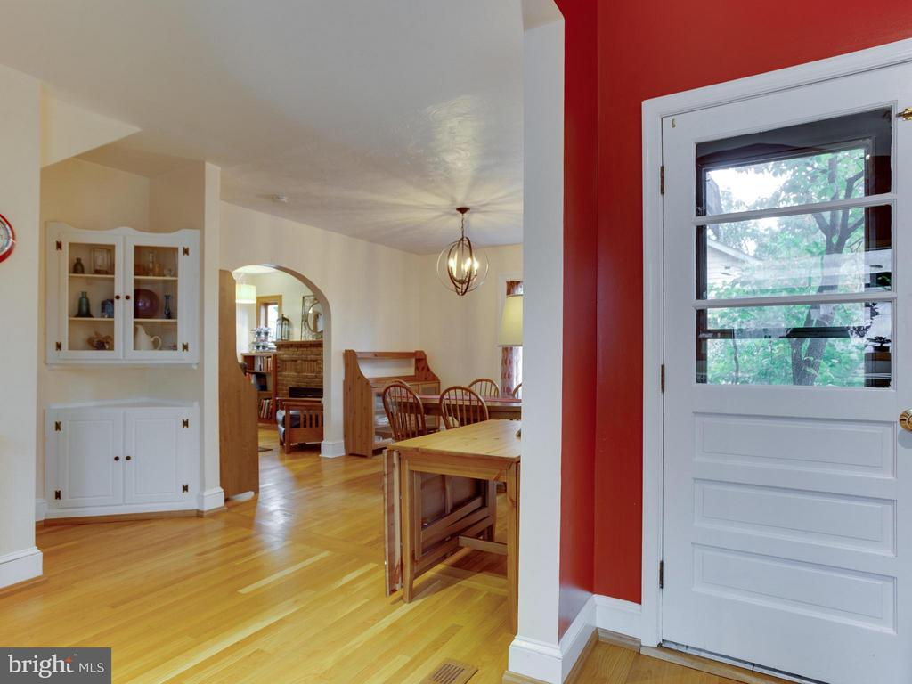 Built-in corner cupboard. Back door at right. - 5601 42ND AVE, HYATTSVILLE