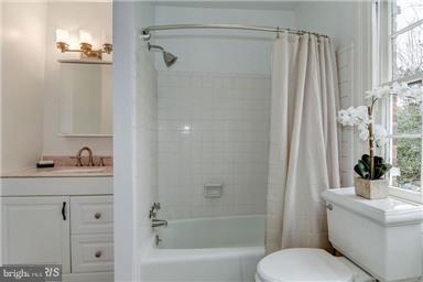Bath - 1308 29TH ST NW, WASHINGTON
