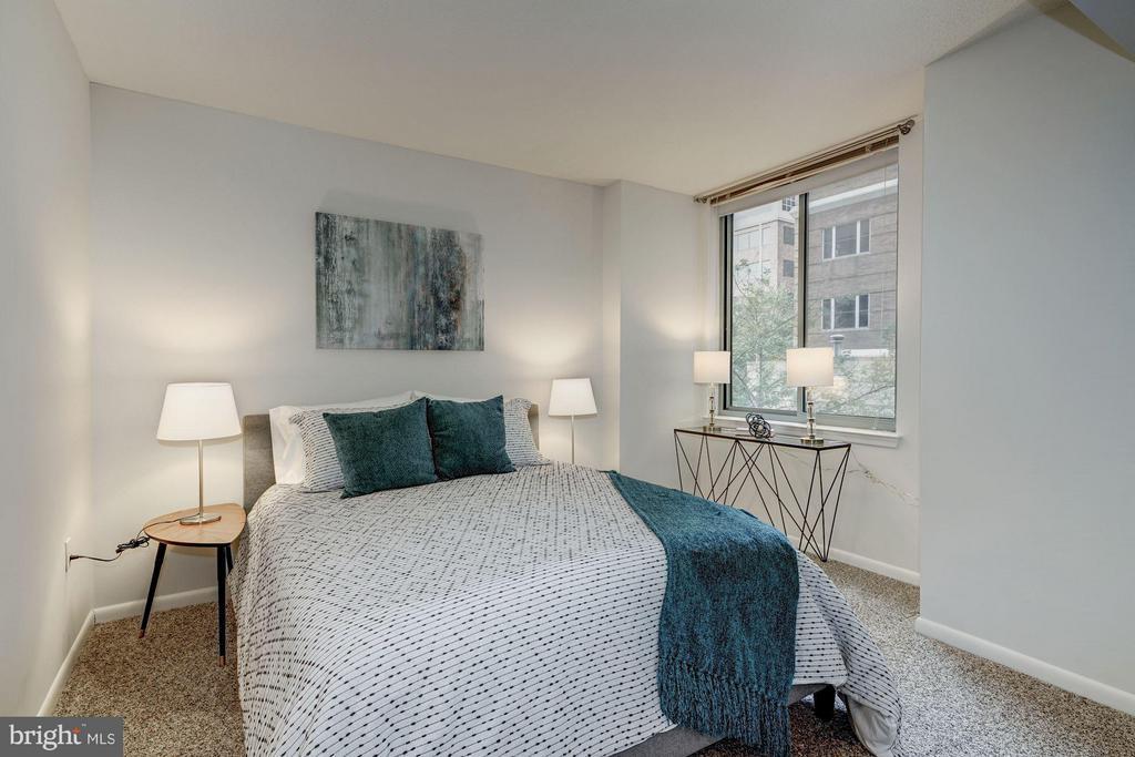 Bedroom (Master) - 851 N GLEBE RD #306, ARLINGTON