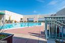 Community - Outdoor Pool - 851 N GLEBE RD #306, ARLINGTON