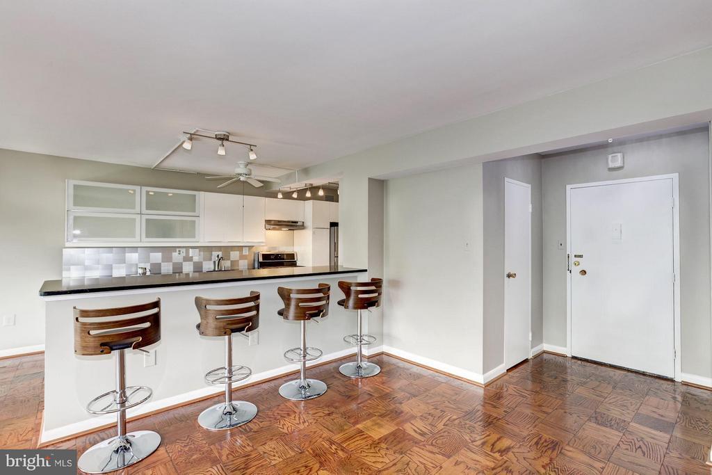 Kitchen - 4201 CATHEDRAL AVE NW #910E, WASHINGTON