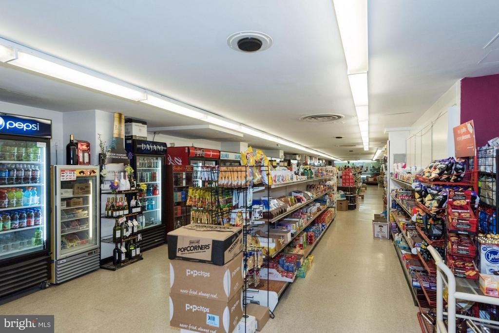 Market - 4201 CATHEDRAL AVE NW #910E, WASHINGTON