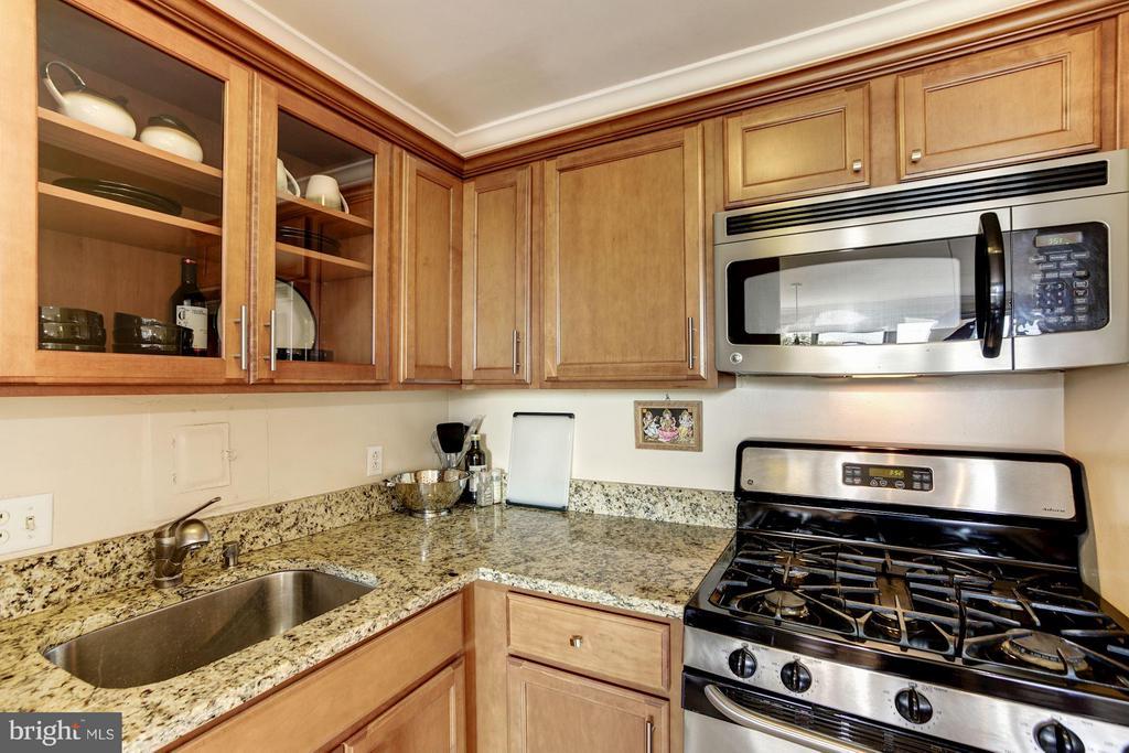 Kitchen - 1330 NEW HAMPSHIRE AVE NW #425, WASHINGTON