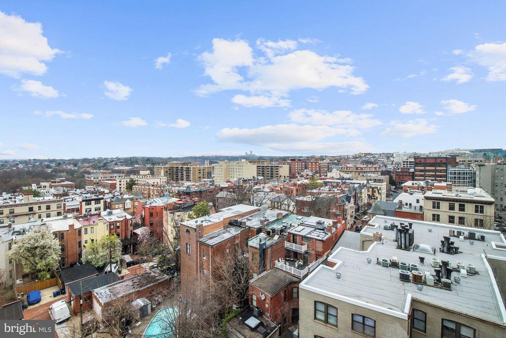 DC skyline rooftop views - 1330 NEW HAMPSHIRE AVE NW #425, WASHINGTON