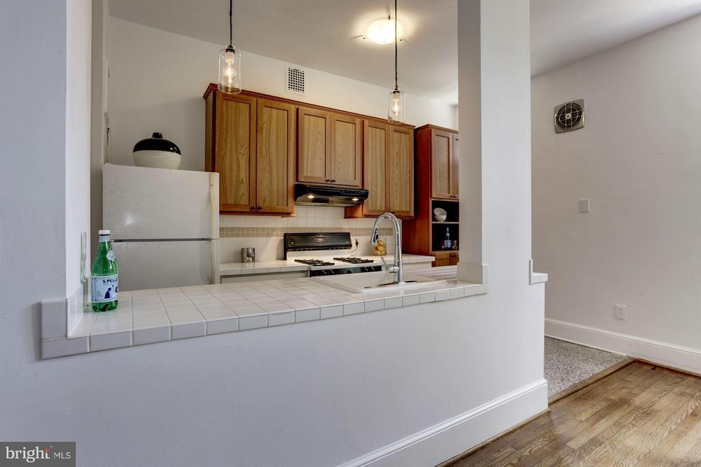 Open Kitchen - 3039 MACOMB ST NW #23, WASHINGTON