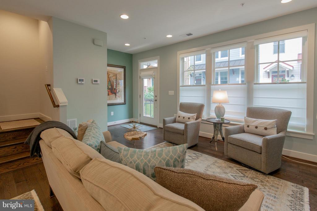 Living Room - 43 ELLSWORTH HEIGHTS ST, SILVER SPRING
